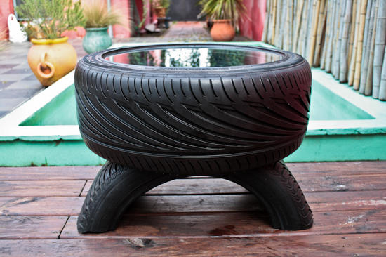 eccotrack-recycled-tire-furniture-1_8Y3Tu_11446